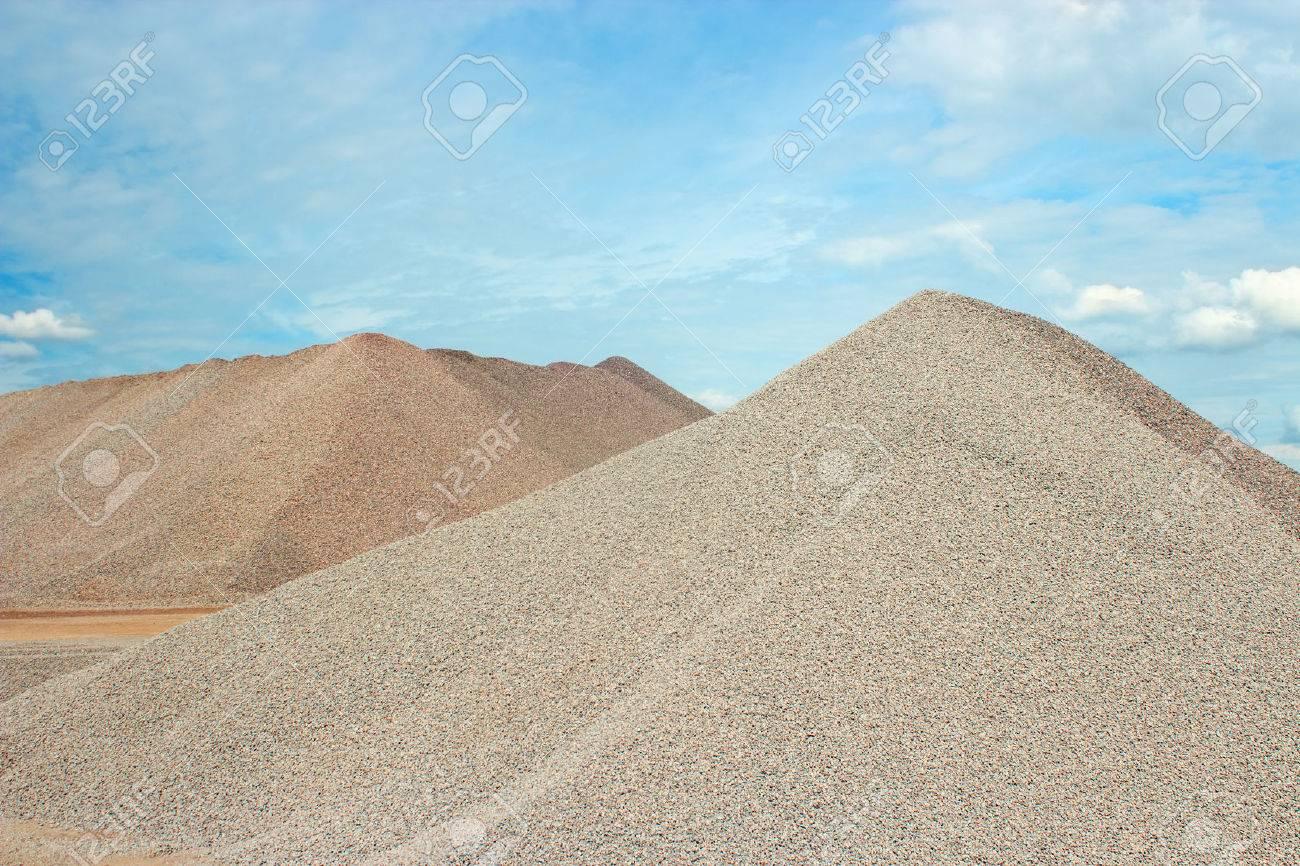 Cung cấp các loại cát xây dựng cho hàng trăm ngàn công trình Miền Nam